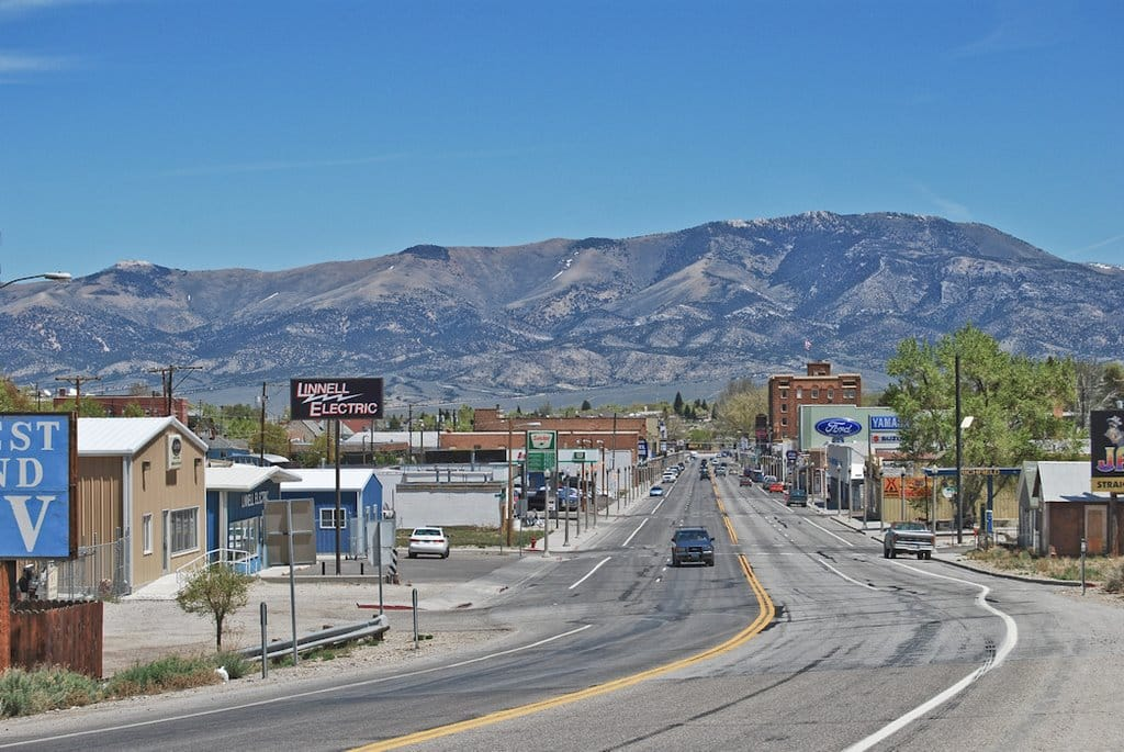 how to become an insurance agent in nevada